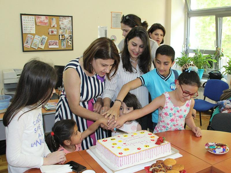 The Knowledge Foundation had a good day with children in different places