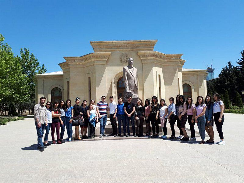 """Knowledge Foundation organized excursion for young people at """"Glory"""" Museum"""