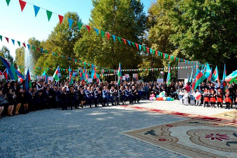 Knowledge Foundation celebrated Independence Day in the capital and regions