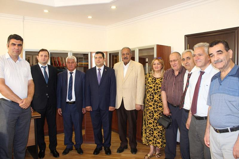 Knowledge Foundation held a meeting at the Folklore Institute