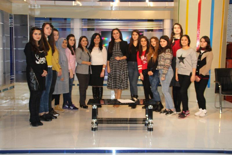 """Club of """"Young Journalists"""" met with Naila Islamzadeh"""