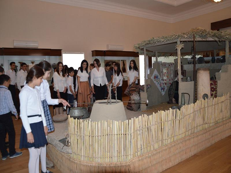 Shamkir Knowledge House organized an excursion to the museum for the youth